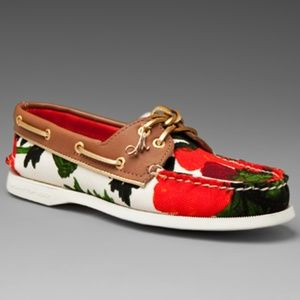 Sperry Top-Sider Boat Shoes in Roses